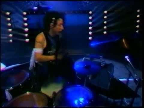 Die Ärzte Live - 1987 - Nach uns die Sintflut - 15 - Zu Spät.avi