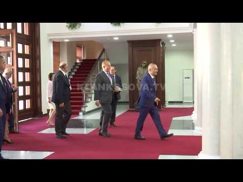 Si kaloi Pacolli në vizitën e tij në Tiranë? - 15.09.2017 - Klan Kosova