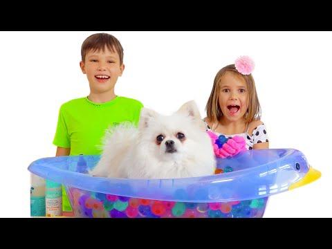 Max Y Katy Su Hora De Baño Para Mascotas