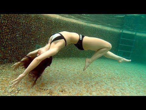 How To Swim Like A Mermaid With(Out) A Tail in 5 Steps!