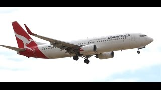 Homecoming Roo - Qantas 737-838 Landing at Melbourne - [VH-VZC]