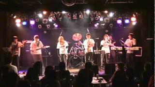 プロレステーマ曲専門バンド「MonkeyFlip」のライブ映像です。 暴れん坊...