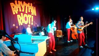 RHYTHM RIOT 2011 - Sonny and his Wild Cows - Stop This Rockin