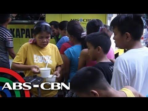 TV Patrol: Higit 100 pamilyang nasunugan sa Quezon City hinatiran ng tulong