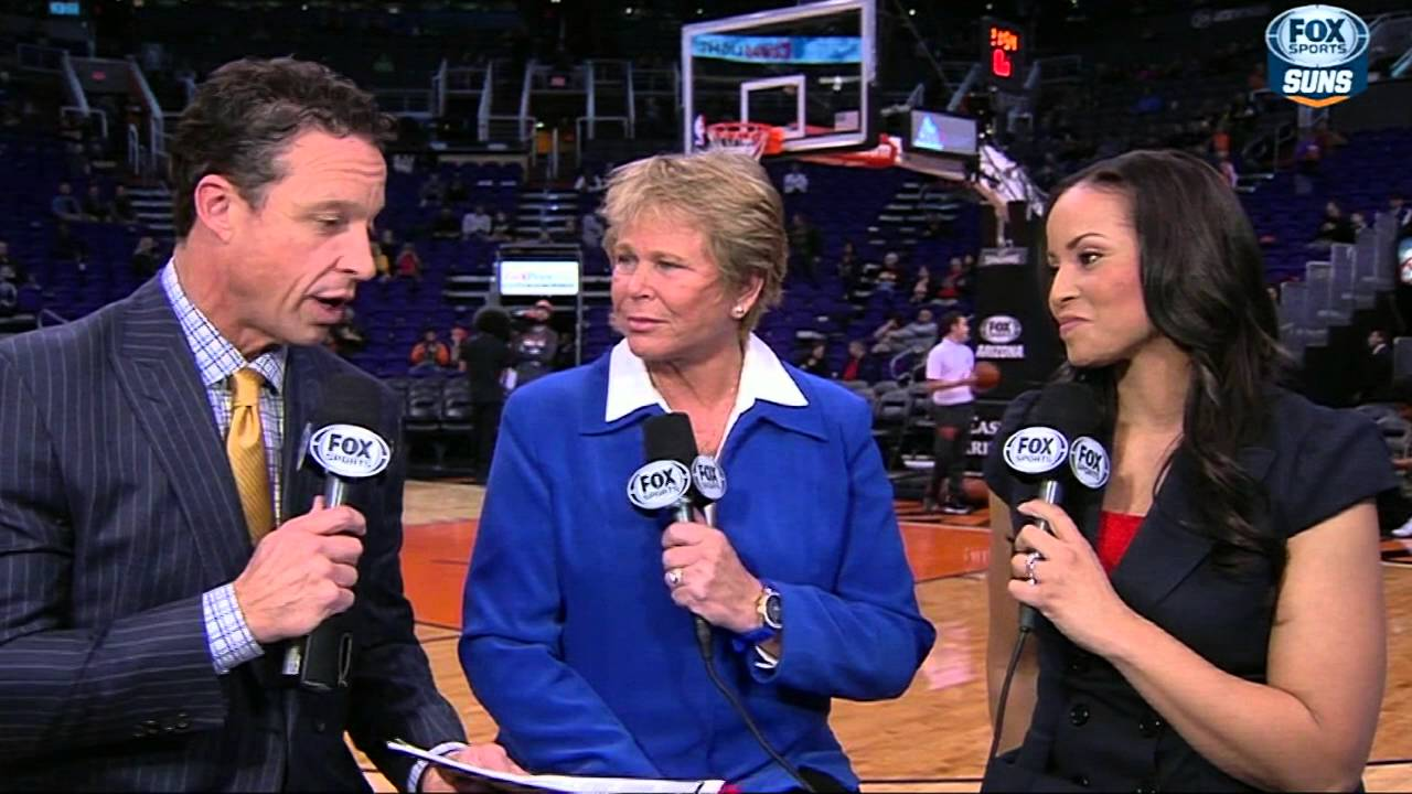 Nba S First Game With Two Female Announcers Youtube