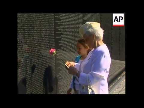 Mothers of soldiers killed in Vietnam gather for memorial