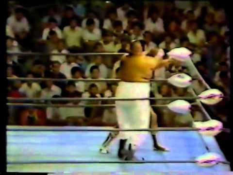 Terry Funk vs Abdullah the Butcher (07/18/1979)