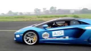 Drag Race Lamborghini Bull Run Medan Tour 2015 @Suwoendo / Polonia Airport Medan