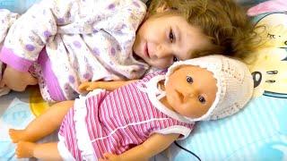 БЕБИ БОН СБОРНИК видео с куклами Беби Борн Евой и Лизой ( Baby Born doll )