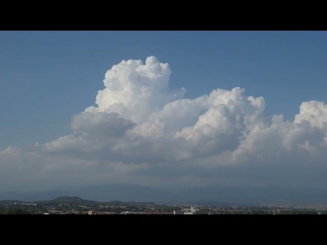 Els cúmuls, núvols típicament estivals - Vic - Agost 2021