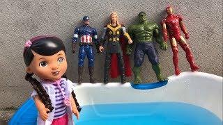 Superheroes jumping on the pool & baby Songs