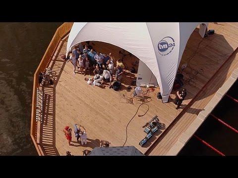 Odrzutowy Plecak , Latający plecak / Water jet pack x-JETPACKS start z marina Gdynia from YouTube · Duration:  42 seconds