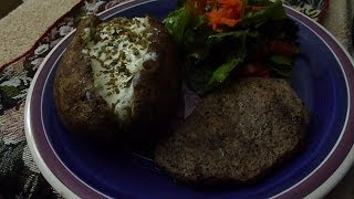 Asmr: Eating Round Steak, Baked Potato (with Sour Cream & Chives) And Fresh Red Leaf Garden Salad