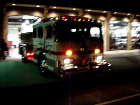 Kentland engine 332 on radio in Newport,Delaware.wmv