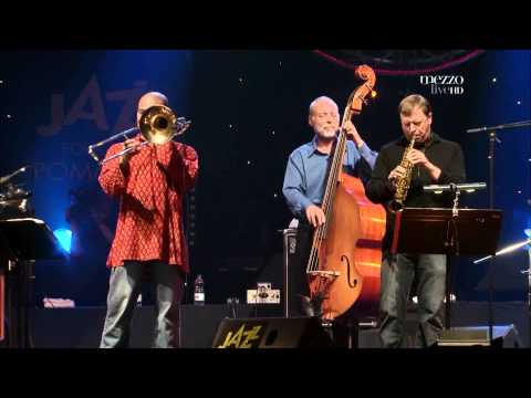 Dave Holland Quintet - Easy Did It