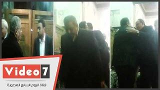 عمرو موسي وفريدة الشوباشي و يحيي قلاش  في عزاء والدة الإعلامى محمد على خير