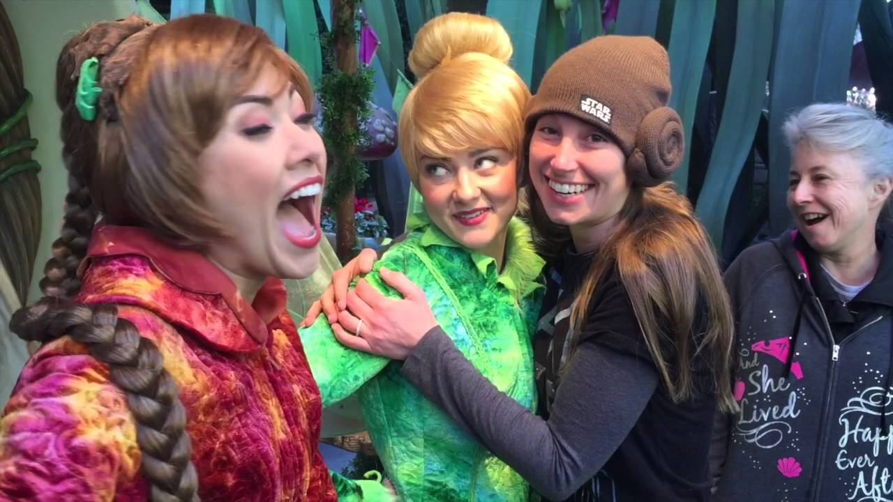 Disney character meet and greets 2016 big kids having fun funny disney character meet and greets 2016 big kids having fun funny interactions youtube kristyandbryce Gallery