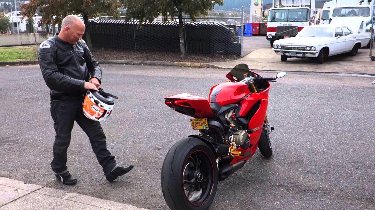Akrapovic Fu... Ducati India Price