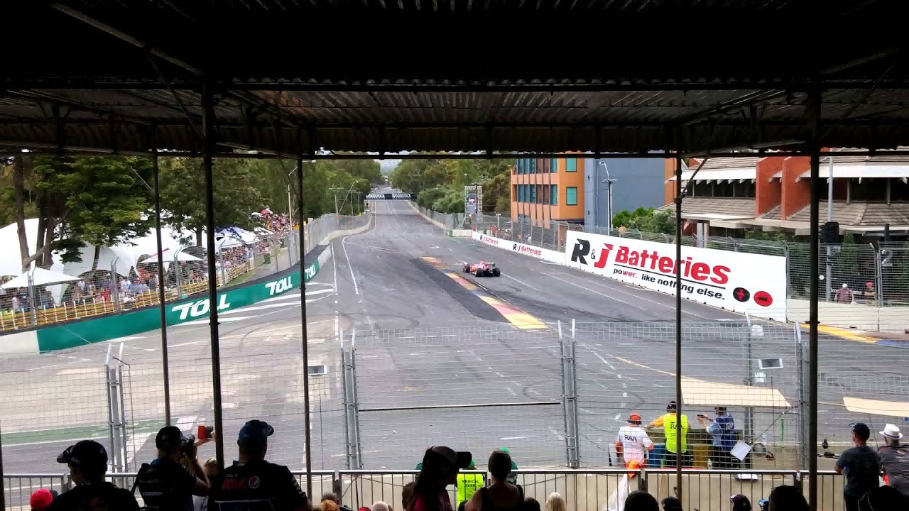 F1 In Adelaide Clipsal 500