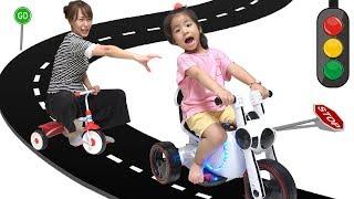 세발 자전거보단 오토바이지!! 서은이의 전동 오토바이 오프닝 조립 보쉬 공구 Power Wheel