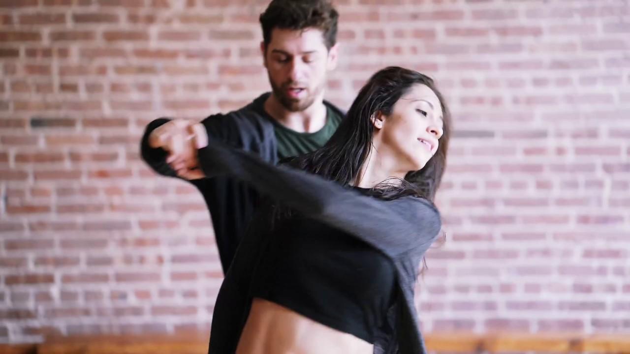Anderson & Brenda - Treinando Zouk - NY - YouTube