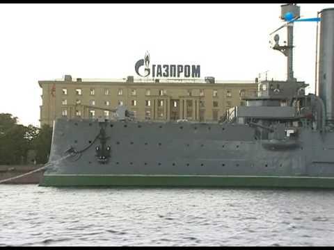 Газпром переезжает в Петербург. Что это значит?