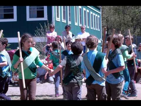 Housatonic Valley Waldorf School Holds Annual May Fair
