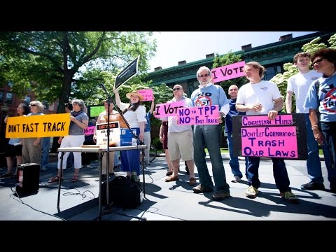 Bridgeport Rally to Stop Fast Tracking US Trade Policies - Spring 2015