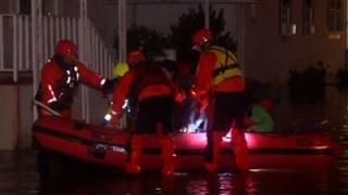 Raw: Flooded San Jose Creek Forces Evacuations