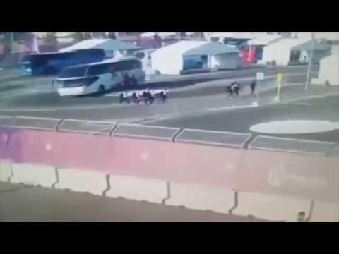 حافلة تدهس فريق السباحات النمساويات في اذربيجان