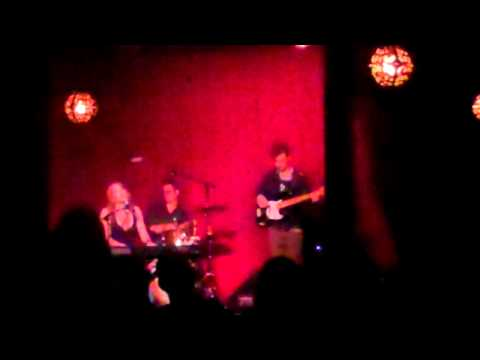 Alicia Witt  I Hope It's Me LIVE at Hotel Café in Hollywood CA, 11.8.10