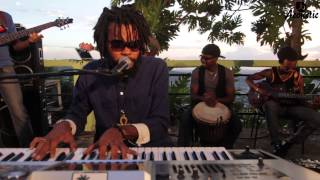 Dre Island | Uptown Downtown | Jussbuss Acoustic | Episode 3