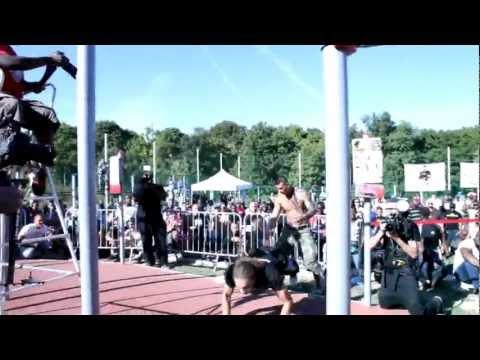 The King Of Pull And Push II (Compétition Internationale de Street Workout 2012) vidéo officiel