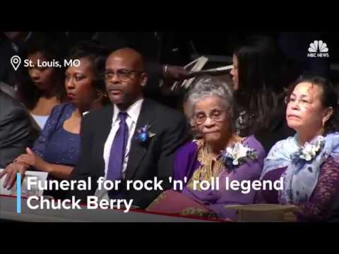 People say goodbye to Chuck Berry (Funeral service for Chuck Berry)
