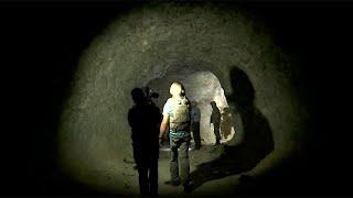 Мощный подземный укрепрайон террористов в сирийской провинции Идлиб впервые показали журналистам.