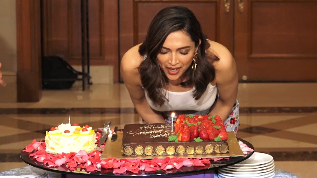 Deepika Padukone's Birthday Celebration 2020 | Deepika Padukone Celebrated 33rd Birthday With M