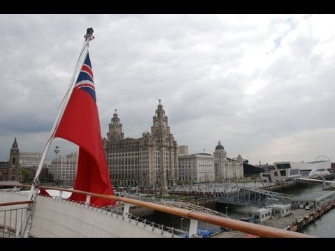 QUEEN MARY 2 LEAVING LIVERPOOL WATERFRONT 17th MAY 2013