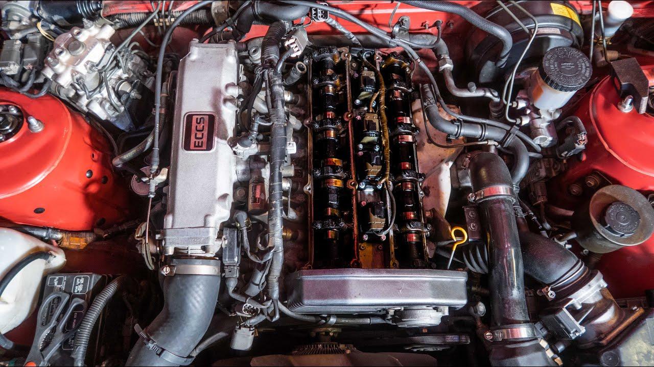 On découvre que le haut moteur de la S13 est en piteux état...