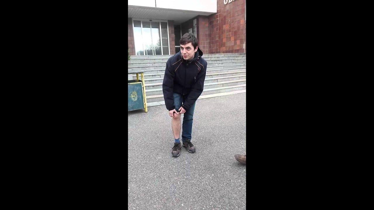 Náhlá bodavá bolest v koleni