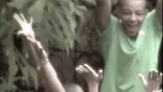 Martelly et Famille(Noel triste-Noel bel)