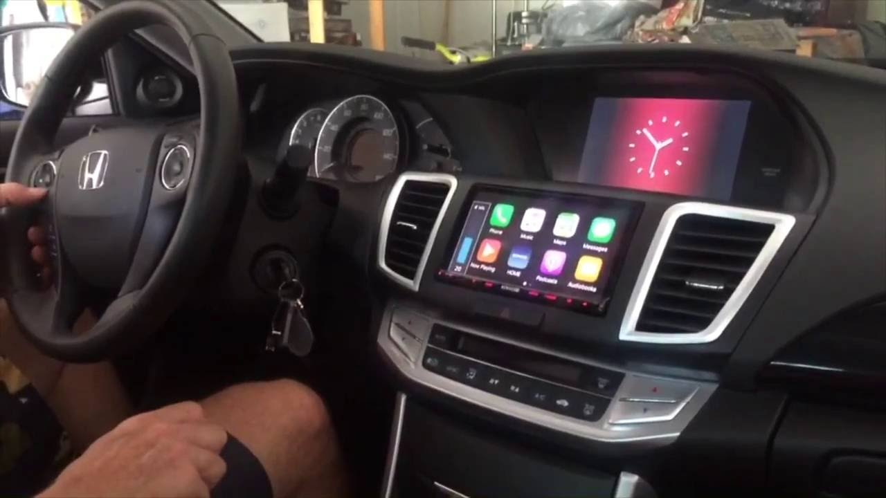 Honda Accord Sport >> CarPlay in 2015 Honda Accord Sport - YouTube