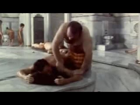Michael Palin at Turkish baths in Istanbul - BBC