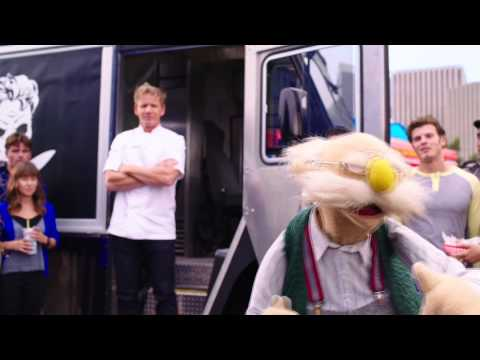 disney's-muppets-most-wanted-|-muppisode-|-food-fight