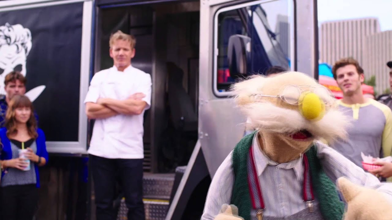 Download Disney's MUPPETS MOST WANTED | Muppisode | Food Fight