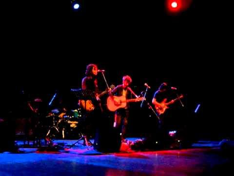 Dellera feat Dente @ Auditorium Parco della Musica – LE PAROLE