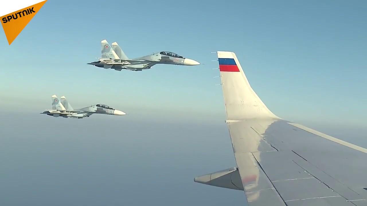 Mısır yolculuğu sırasında Putin'e eşlik eden jetlerin görüntüleri