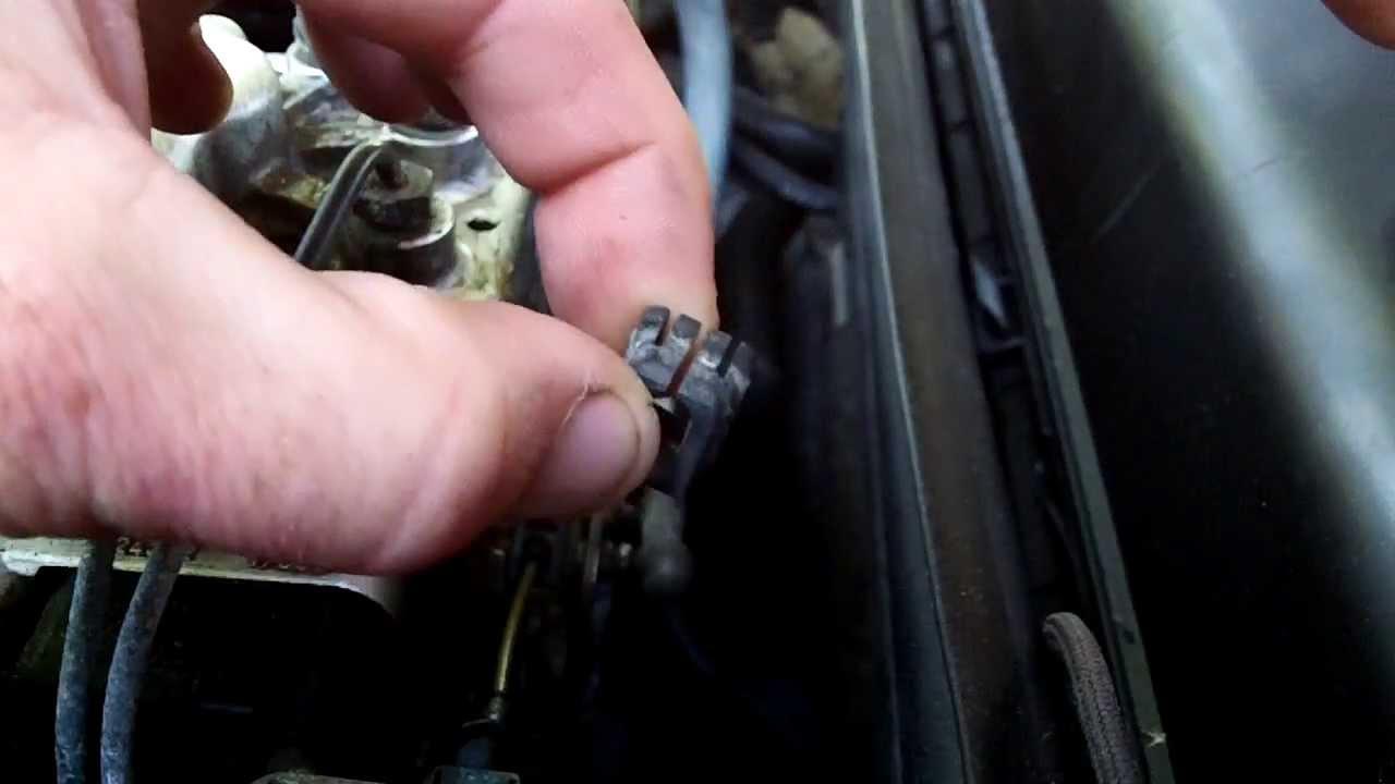 Older Mercedes broken throttle cable spring clip/bushing ...