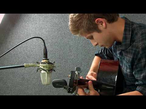 Fly Me to the Moon - Emil Ernebro & Tommy Emmanuel cover - by Collin Hill