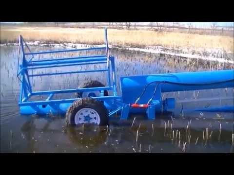 Water Pump - Pumping shallow water.