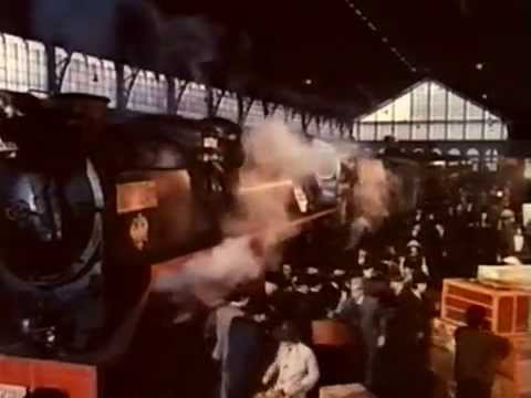 Horror Express (1972) Christopher Lee, Peter Cushing